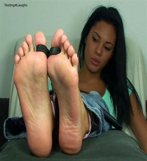 Bonnie Rotten Lesbian Feet