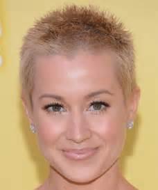 modele de coupe de cheveux court pour femme modele de coupe de cheveux tres courte pour femme