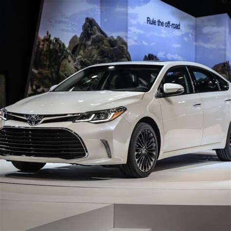 toyota avalon awd review release date specs price