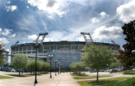 All categories concerts sports arts & theater film misc. Jacksonville Jaguars Reduce Stadium Capacity for 2020 NFL Season - Sports Illustrated ...