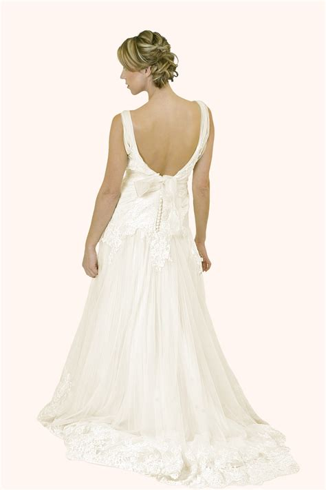 ann lace  tulle fit  flare wedding dress
