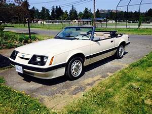 86 mustang LX convertible Saanich, Victoria - MOBILE