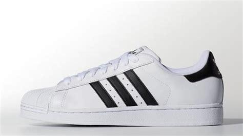 favorite sneaker   popular adidas superstar complex