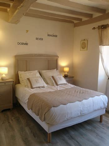 table de chambre guest rooms and evening meal in brgundy sens yonne