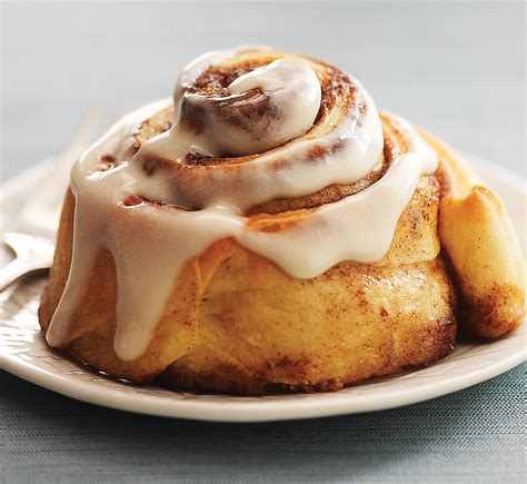 rolls rolls 11 ways to satisfy your cinnamon roll cravings chowhound
