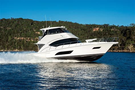 Boat Dealers Kent Island by 2018 Riviera 57 Enclosed Flybridge Power New And Used