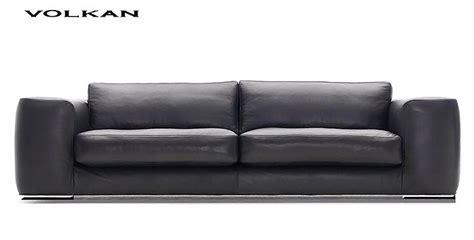 canap駸 modernes contemporains canape cuir contemporain maison design wiblia com