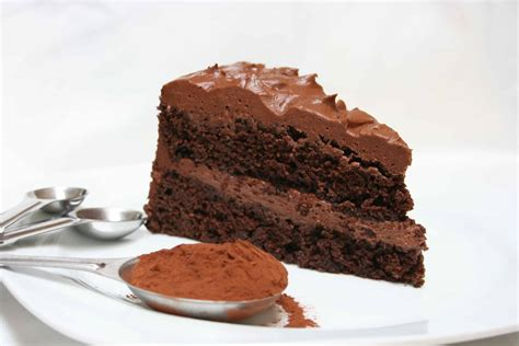 bumpy cake chocolate cake  vanilla buttercream