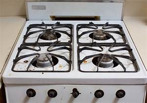 How to clean a greasy gas stovetop with just soap and for Kitchen stove top