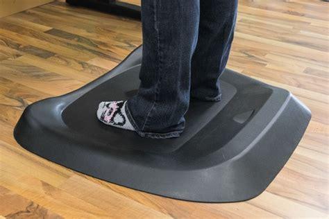 stand up desk floor mat the best standing desk mats the wirecutter