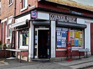 Corner, Stores