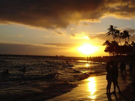 Filewaikiki Beach At Sunsetjpg  Wikimedia Commons