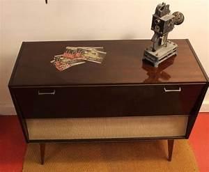Meuble Platine Vinyle Vintage : ancien meuble hifi vintage by fabichka ~ Teatrodelosmanantiales.com Idées de Décoration