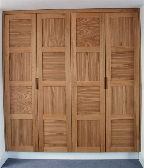 oak wardrobes closet en  oak wardrobe wardrobe