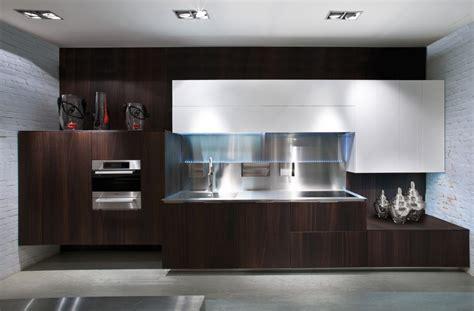 black shiny kitchen cabinets ديكورات مطابخ مودرن فخمة باشكال جديدة 2016 سوبر كايرو 4743