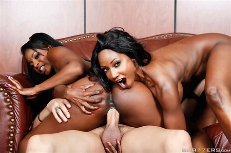 Official Squirt Off 2014 Video With Diamond Jackson