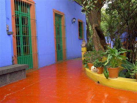 blue house   mexican artist frida kahlo