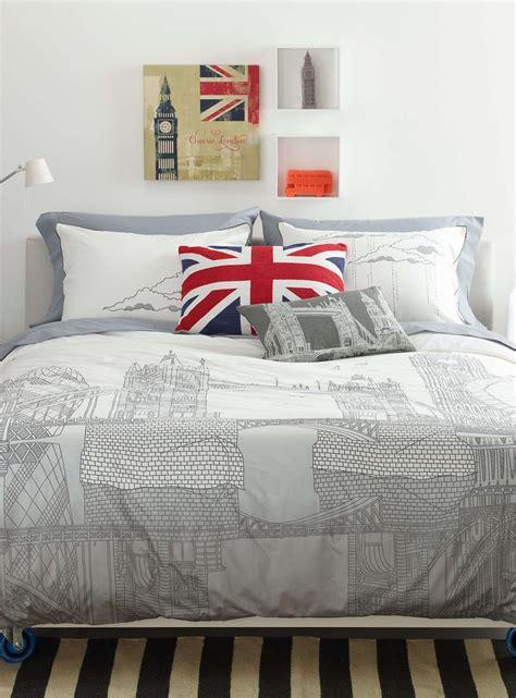 chambre londre trip duvet cover set duvet covers comforters