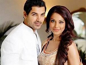17 Worst Indian & Pakistani Celebrity Couple Breakups ...