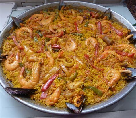 cuisine paella food paella