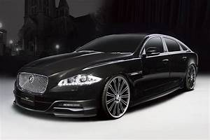 Top Cars Zone Entry Level Fullsize Luxury Sedan Wallpapers