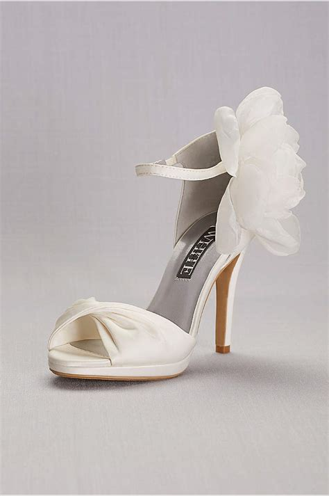 white  vera wang shoes heels sandals flats davids