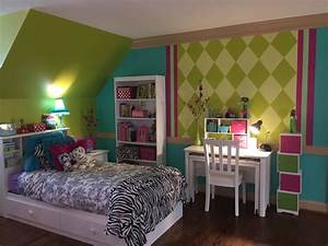 chartreuse hot pink deep aqua with black white With 10 years old girl bedroom