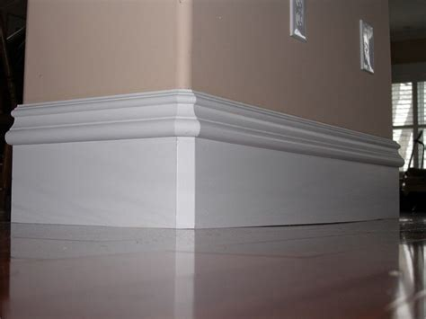 Matching Baseboard. Rounded Corner On Wall.