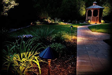landscape lighting kits amazon paradise gl22136 100 ft 12 spt 2w wire gauge low voltage