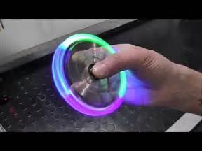 Спиннер fidget spinner led