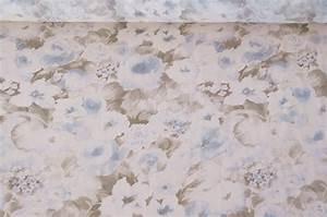 Stoff Mit Blumen : italienische stoffe chiffon stoff weiss blumen ~ Watch28wear.com Haus und Dekorationen