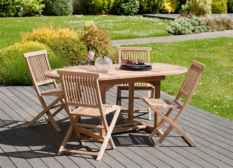 chaise et table de jardin table et chaise de jardin en bois comment choisir une