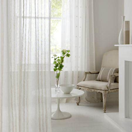 simple and stylish a buyer s guide to plain curtains
