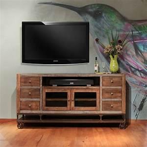 Meuble Tv Mur : le meuble tv style industriel en 50 images ~ Teatrodelosmanantiales.com Idées de Décoration