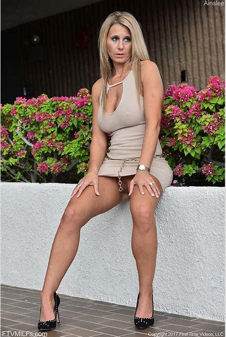 MILF Cougar Porn Videos: Free Sex | xHamster