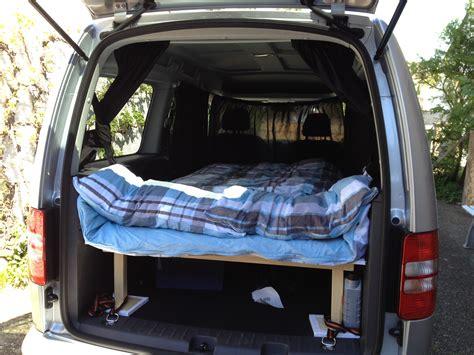 auto schlafen umbau der vw caddy maxi wird zum cervan guthmann