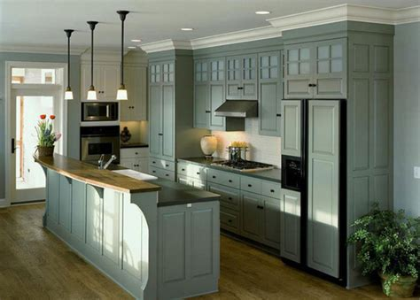 kitchen cabinet crown molding to ceiling   Remodeling Your