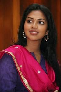 Amala Paul Cute Saree Dress Press Meet At Chennai