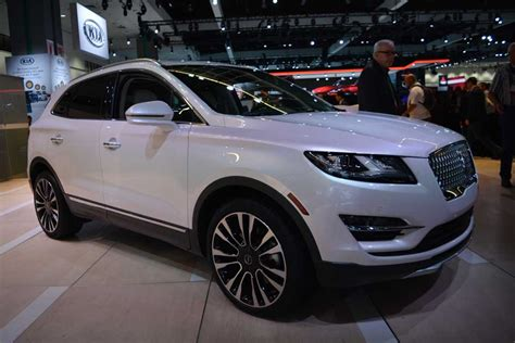 The 2019 Lincoln Mkc Seducing With Technology And The