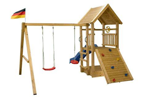 schaukel und rutsche spielturm mit rutsche und schaukel sparpaket kletterturm de