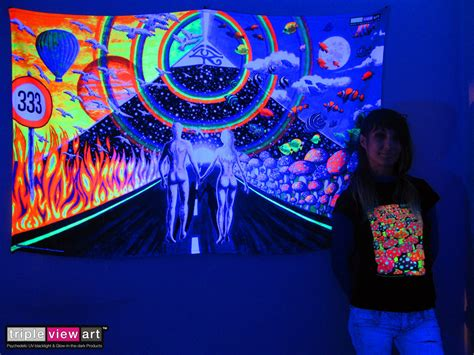 backdrop uv blacklight fluorescent glow psychedelic art