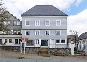 Fassade Streichen Welche Farbe : farbe warmes grau hausfassade pinterest haus ~ Markanthonyermac.com Haus und Dekorationen