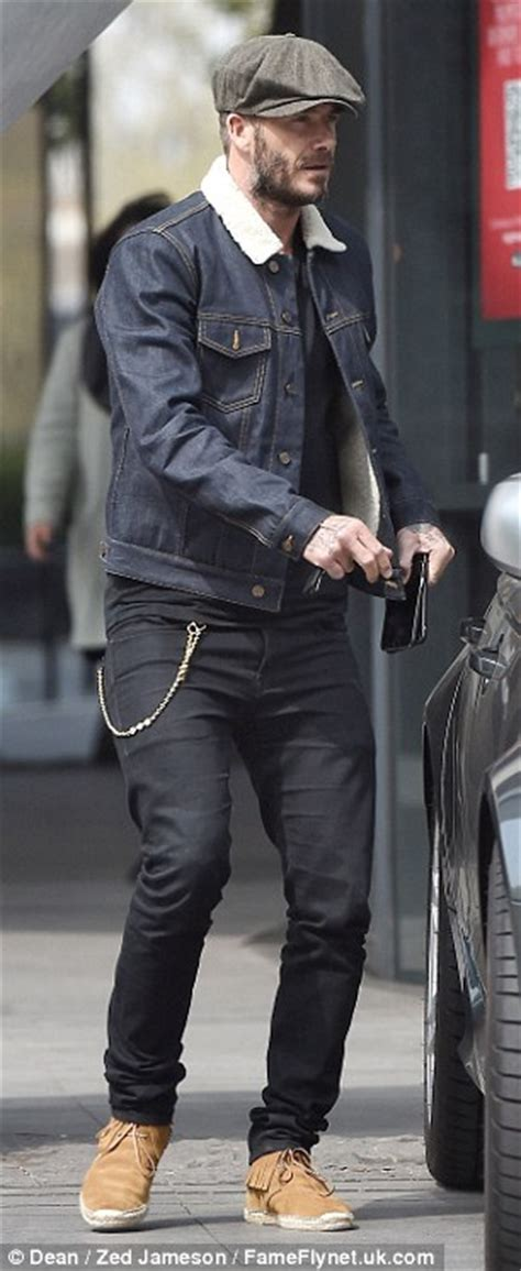 david beckham    key   flat cap