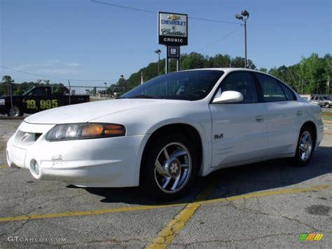 2000 Arctic White Pontiac Bonneville Sle 30158215