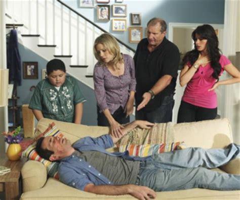 modern family season 1 episode 3 tv fanatic