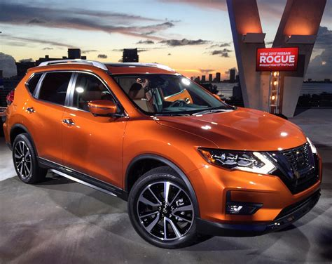 nissan rogue 2017 interior 2017 nissan rogue quite as good as in advance carbuzz info