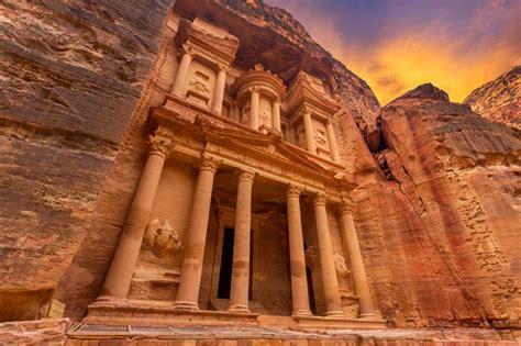 ancient city  petra flydubai