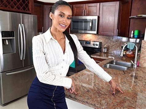 Propertysex Dad Fucks Insane Hot Latina Real Estate