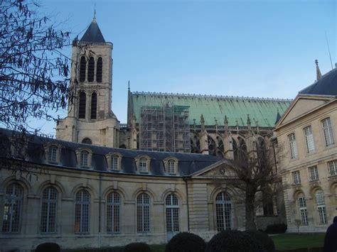file denis basilique vue de la maison d 233 ducation de la l 233 gion d honneur jpg