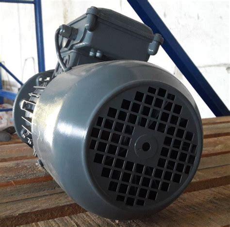 Motor Trifazic by Motor Electric Trifazic 0 55 Kw 0 63 Kw 1375 1650 Rpm